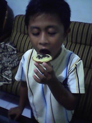 zahran ibrahim makan martabak