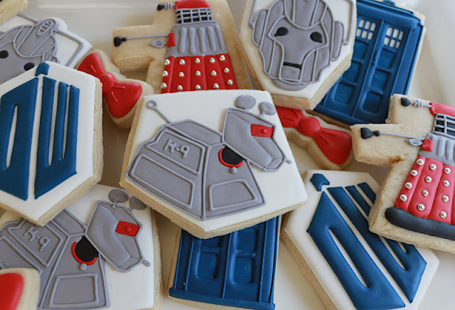 Dr. Who K-9 cookie