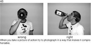 Совет 46. Если снимаемый держит в руках какой-то предмет, то лучше его разместить так, что бы предмет не закрывал лицо.