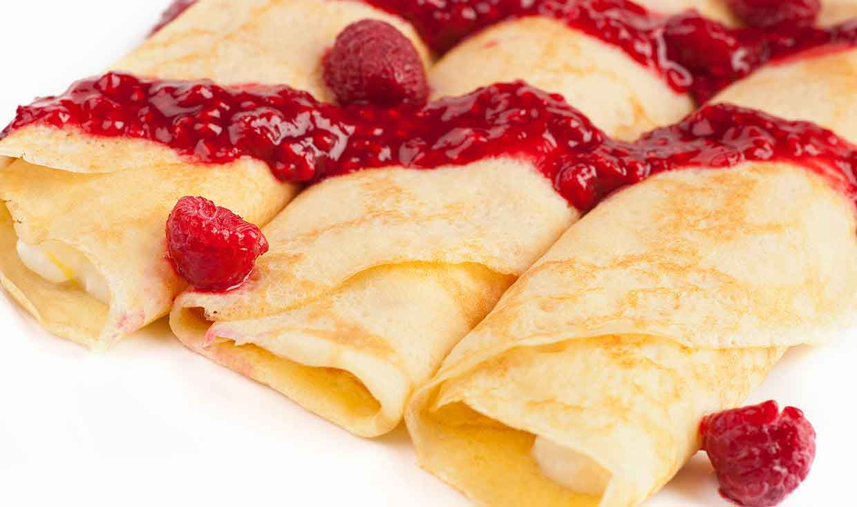 ... Recipes and Cooking: Sweet Cheese-Filled Crêpes with Raspberry Sauce