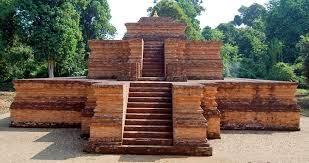 Kemegahan Candi Padang Roco Dharmasraya