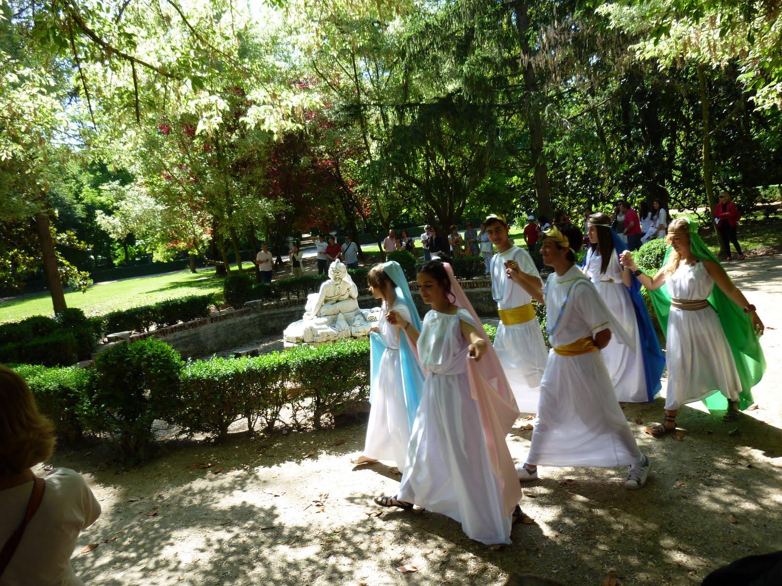 Color y forma paseos por los jardines de aranjuez otras for Jardines de aranjuez horario