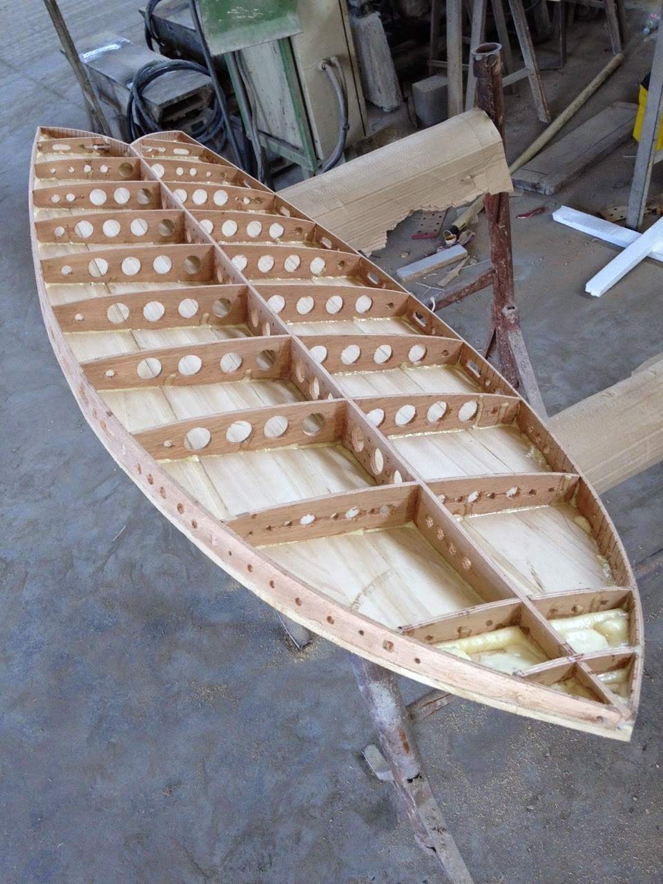 how to build a surfboard out of wood
