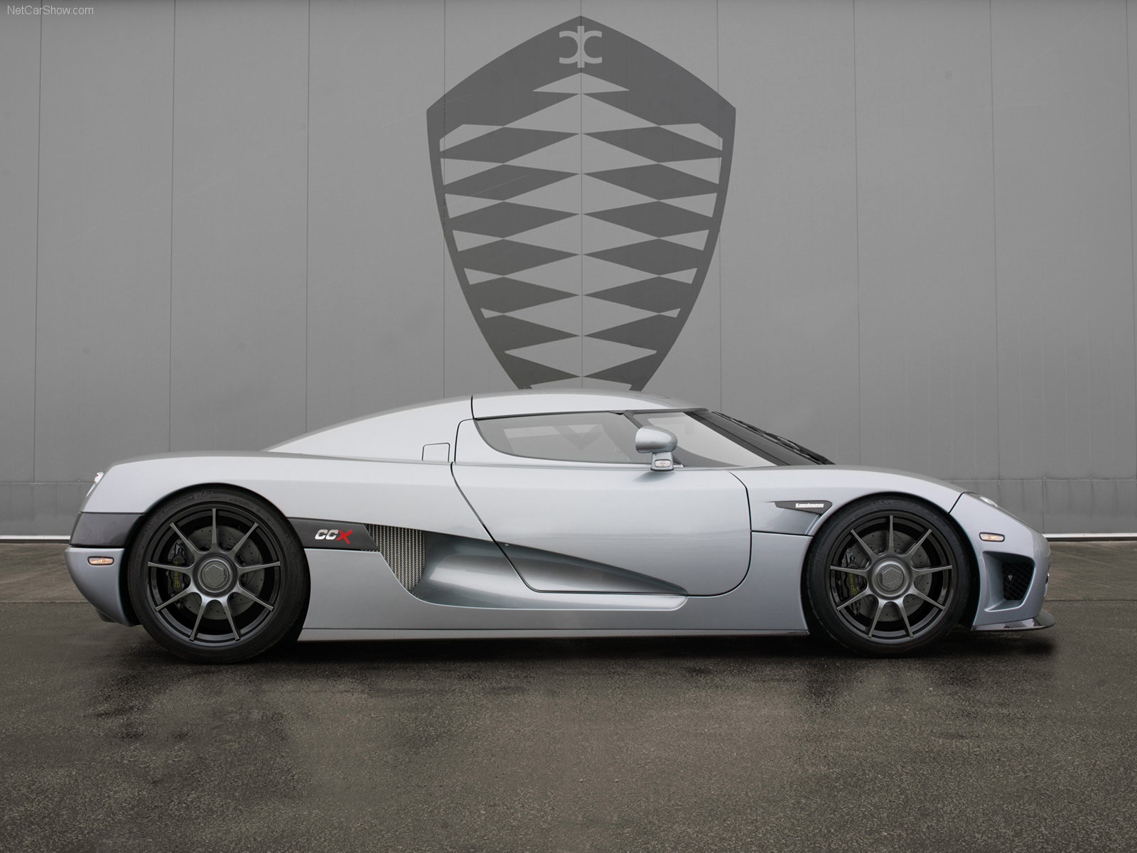 Luxury Sports Car Series Wallpapers Hot Cars Zone | Luxury Cars ...