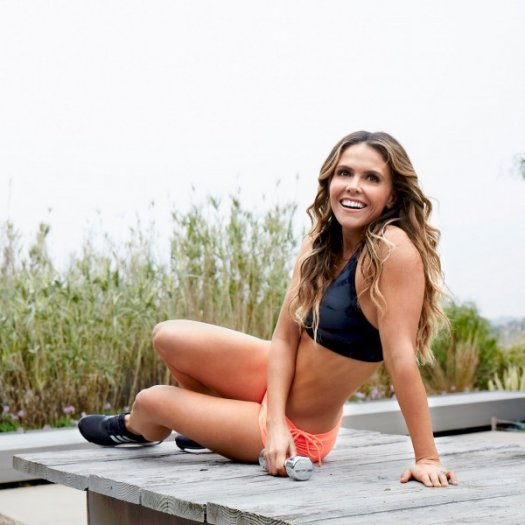 Get Bikini Body-Ready with the Tone It Up Girls
