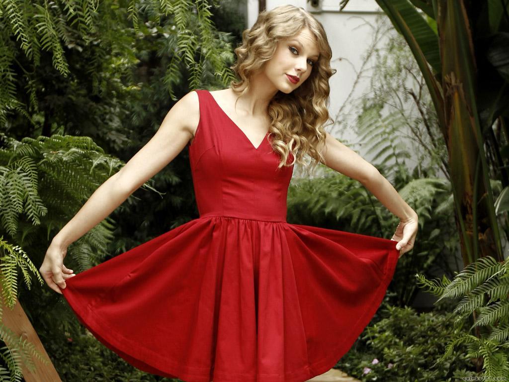 http://3.bp.blogspot.com/-6Krtb5DD4v4/TdgSeg1ST2I/AAAAAAAAQF4/FBw4dsVm4ZQ/s1600/Taylor_Swift_Wallpape6.jpg