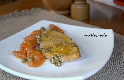 Tranci di pescespada capperi e pomodorini ricetta di pesce