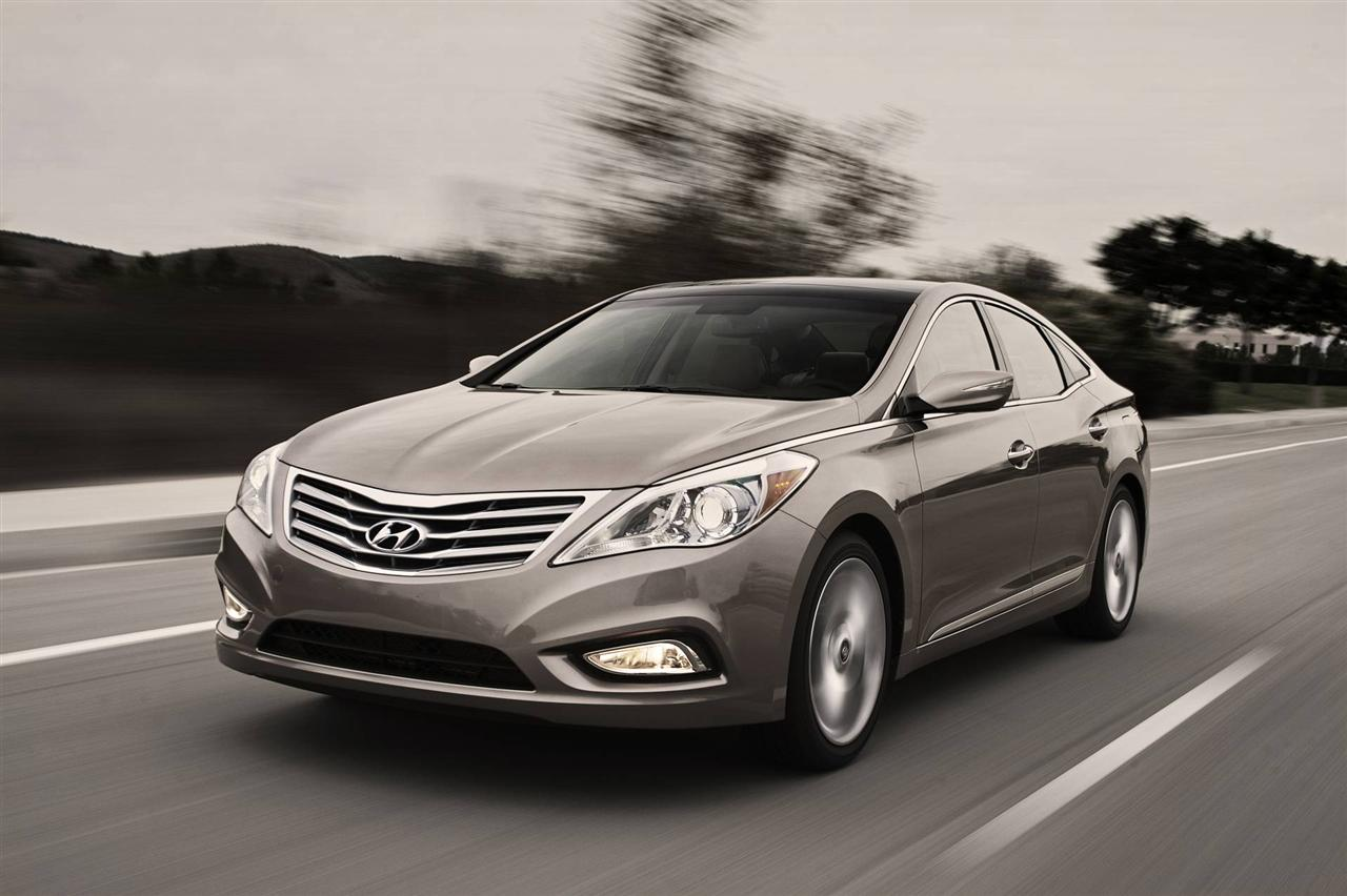 most desirable cars in the world hyundai azera 2013. Black Bedroom Furniture Sets. Home Design Ideas