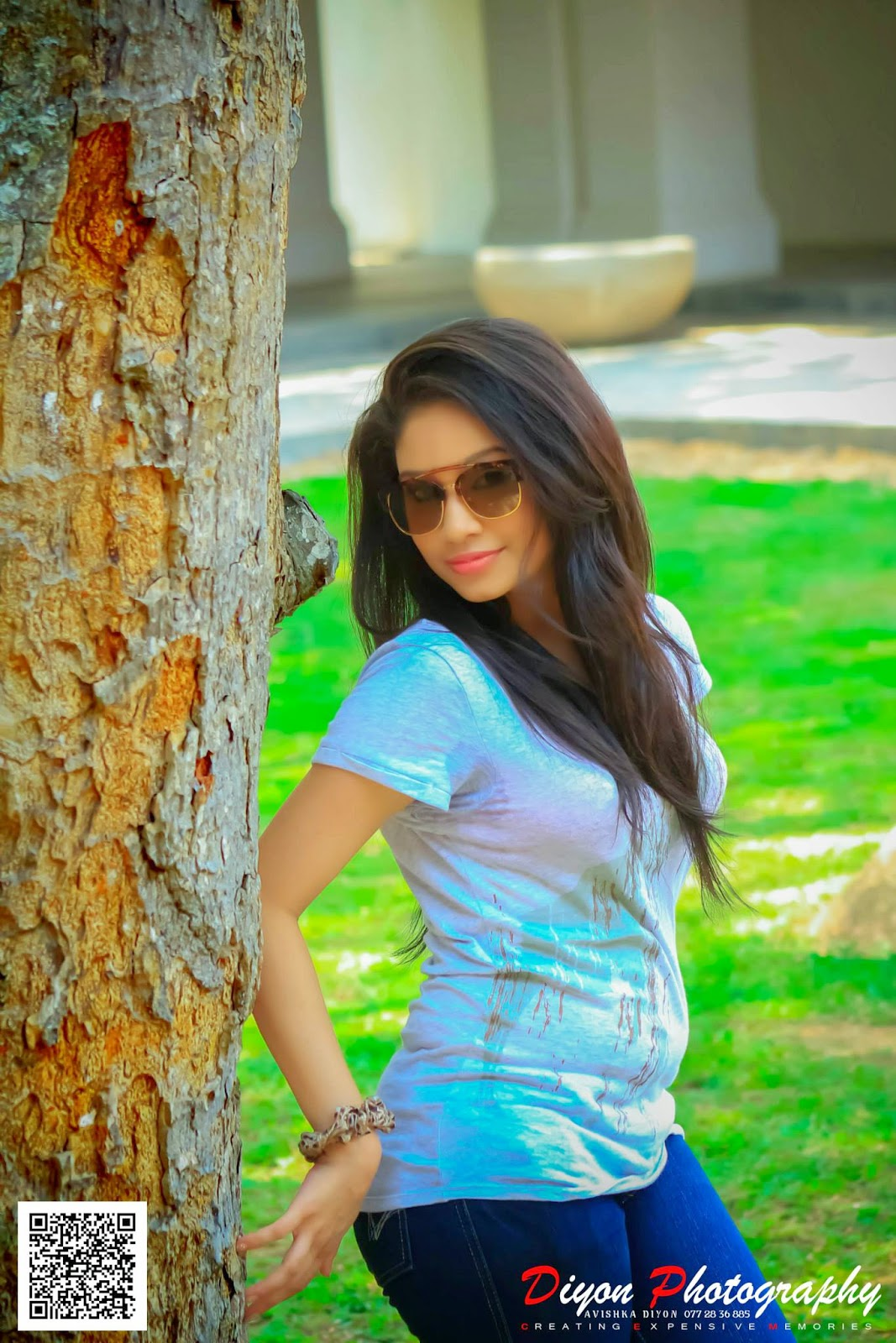 Shehani Kahandawala tight jeans hot