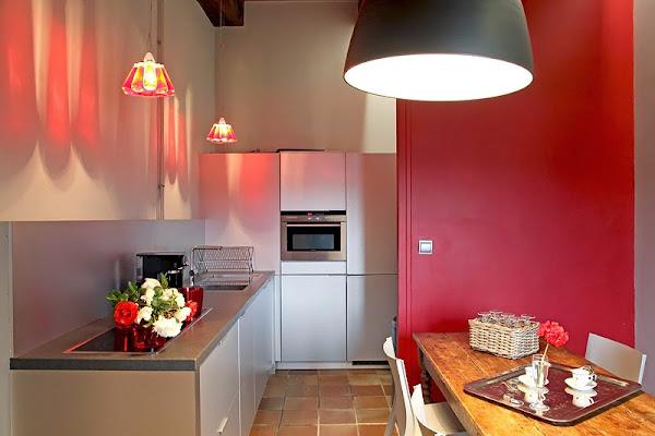 Cocinas blancas rojas decorar tu casa es - Cocinas rojas y blancas ...