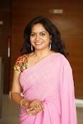 Singer Sunitha dazzling saree photos-thumbnail-3