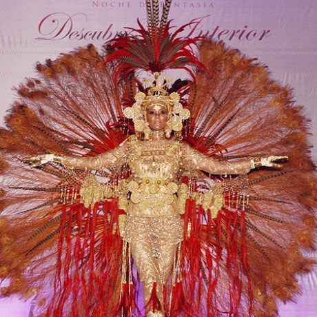 Panama's national costume for Miss Universe 2011 pageant