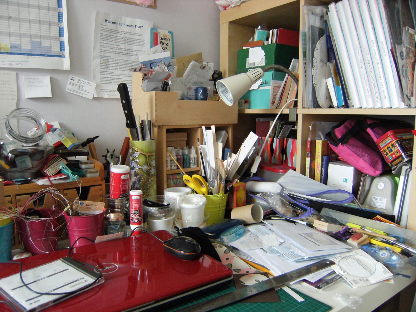 Great+big+cupboard+messy+desk