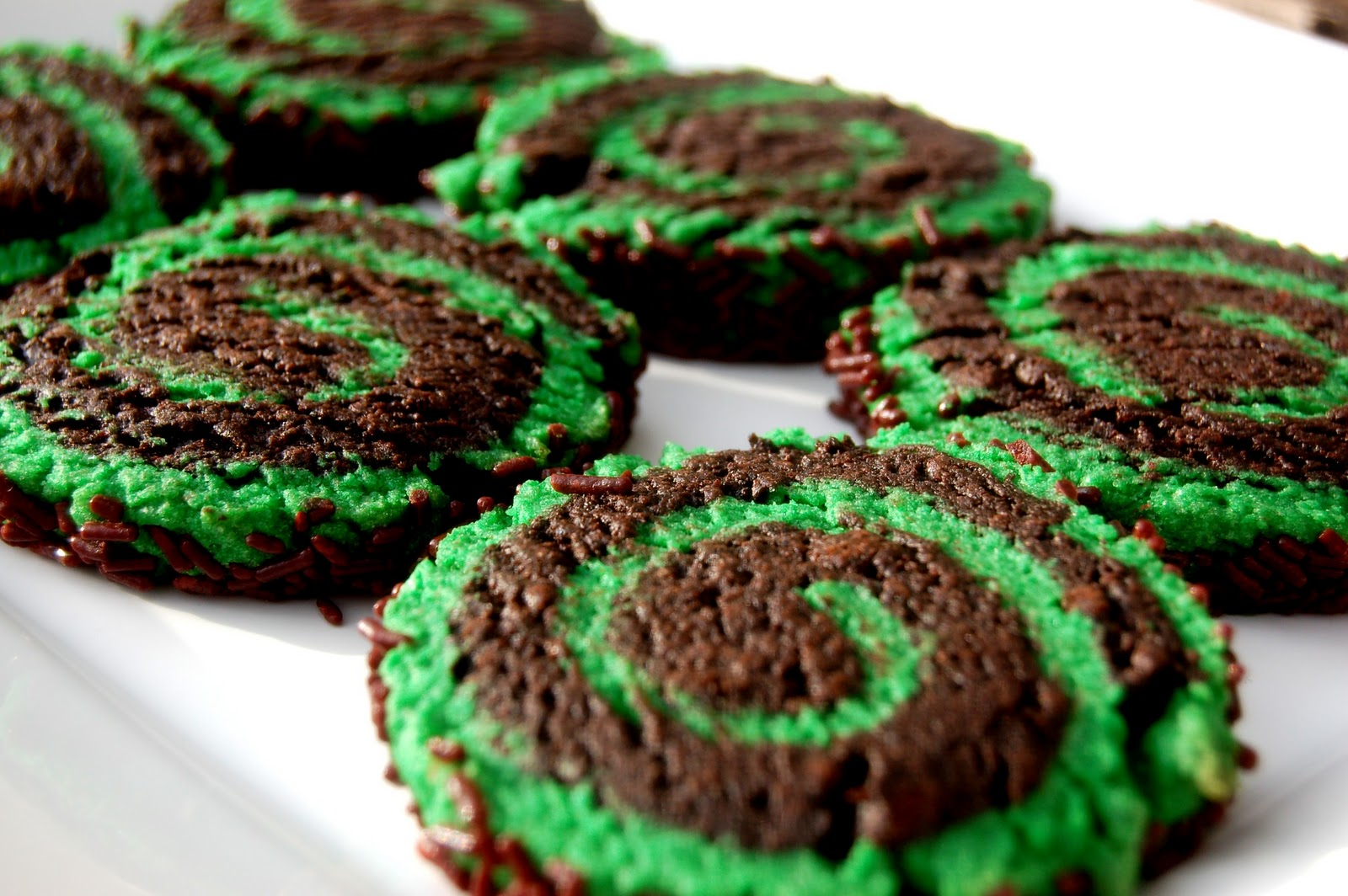Dark Chocolate Mint Pinwheels