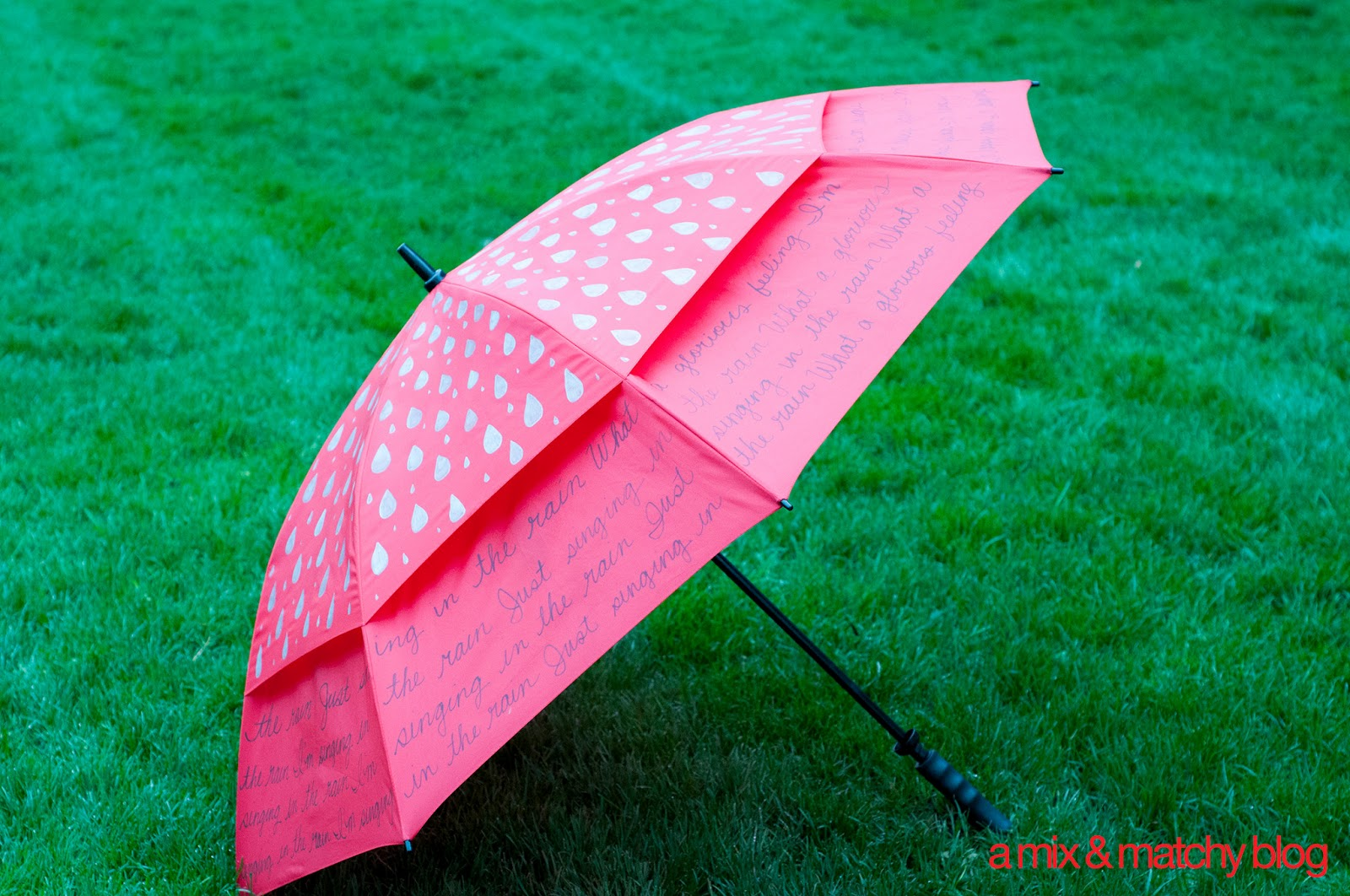 a mix & matchy blog: singing in the rain umbrella