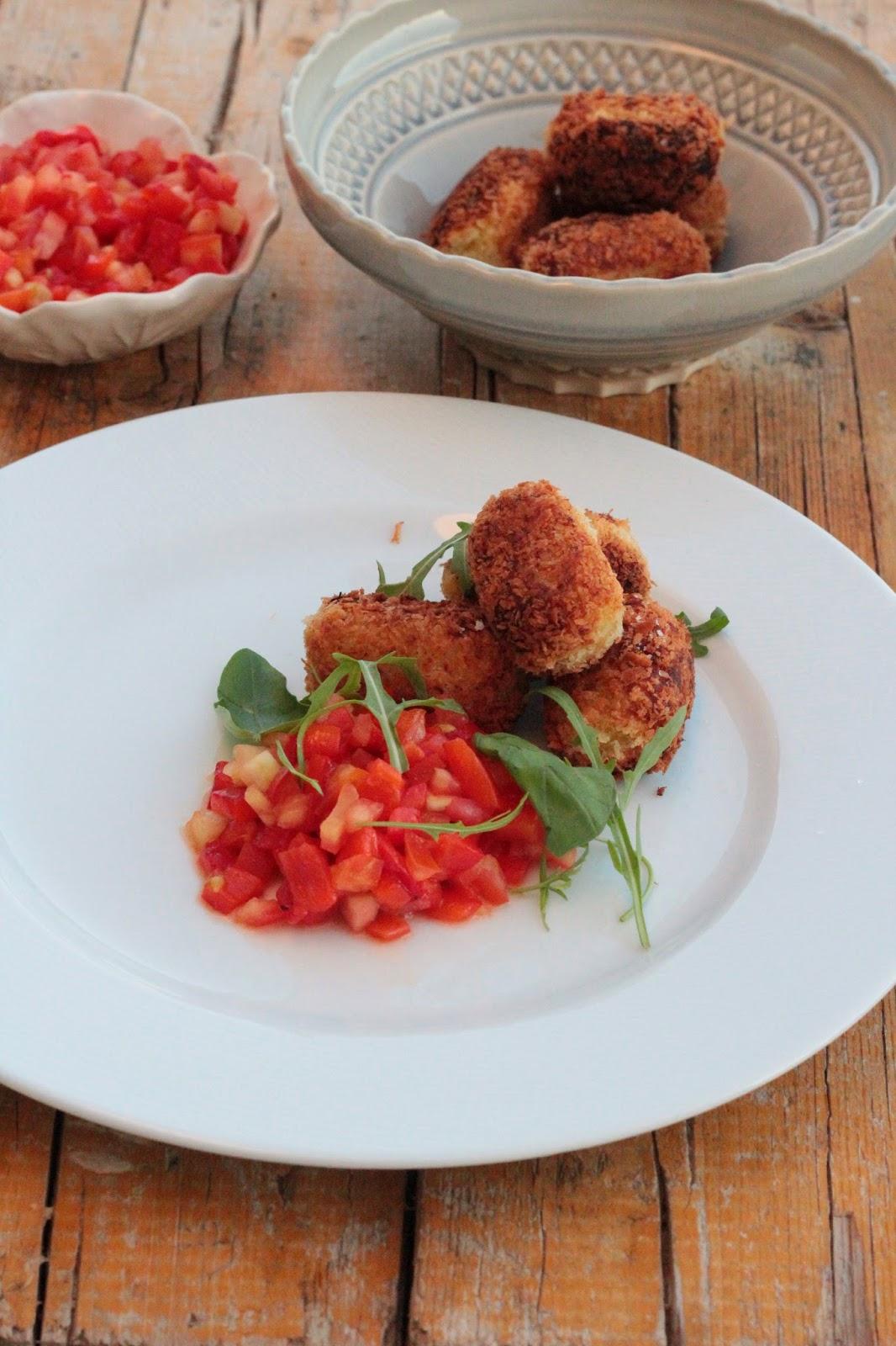 Croquetes de Batata Doce e Bacalhau com Saladinha de Pimento Assado e Tomate IMG_4074