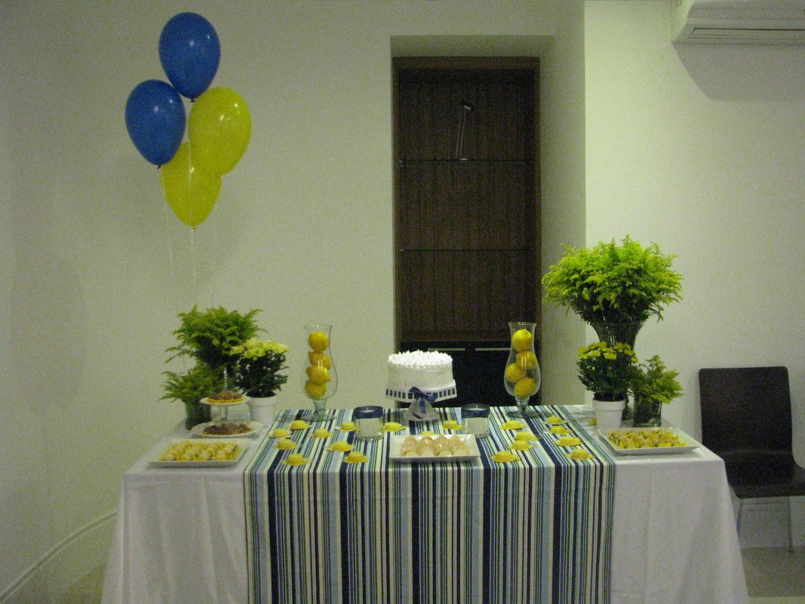 decoracao festa simples: festa para o Marido hoje, seria esta decoração. Simples, colorida e