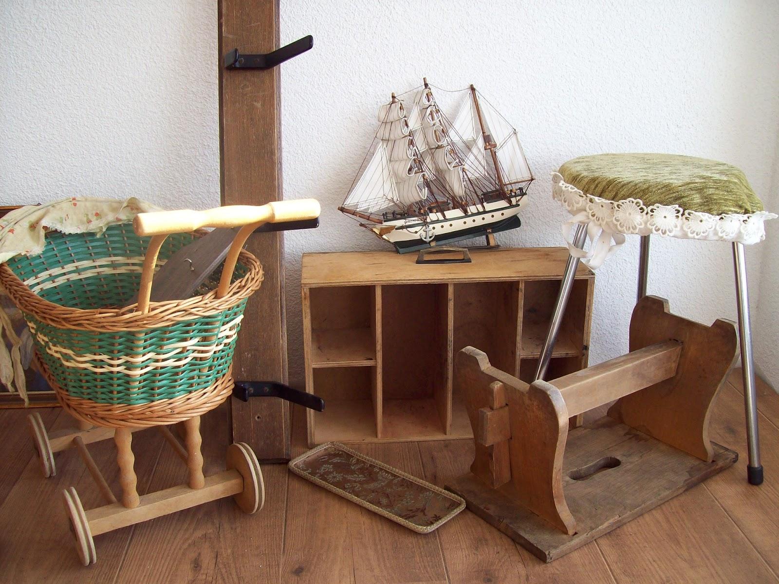 vintagefactory februar 2013. Black Bedroom Furniture Sets. Home Design Ideas