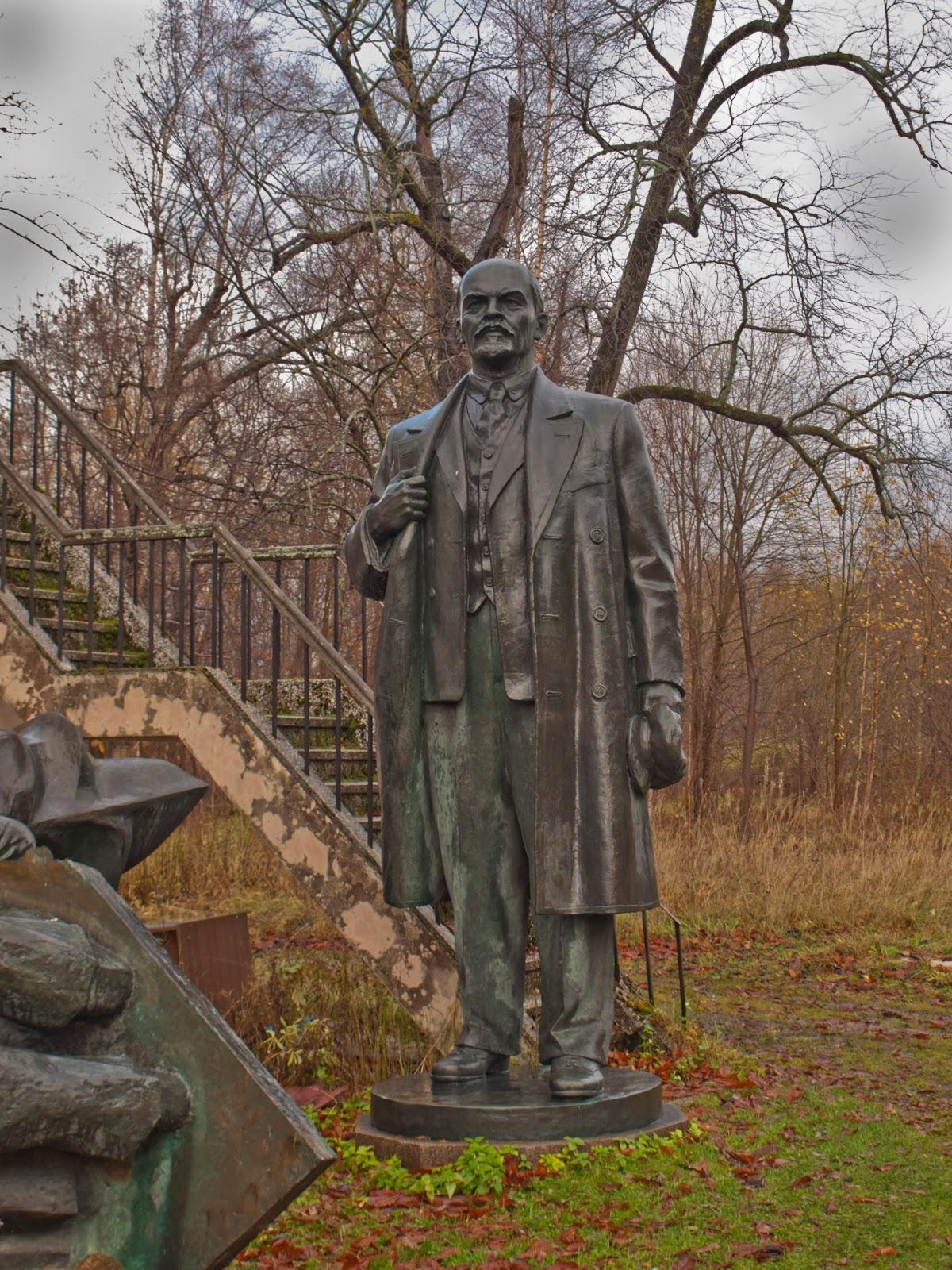 Эстонский исторический музей в замке графа Орлова. Ленин