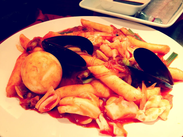 Seafood with Rice Cake