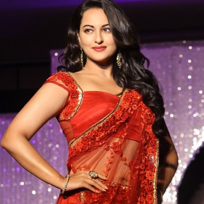 Sonakshi Sinha Hot Navel