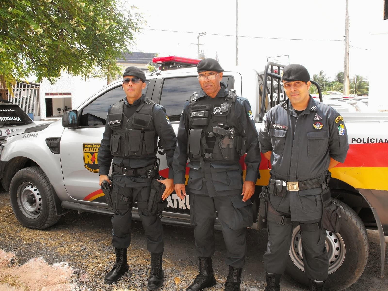 POLICIAIS MILITARES DA RADIOPATRULHA