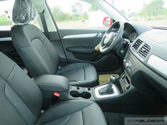 Audi Q3 2.0 2016 Ambiente Quattro - interior