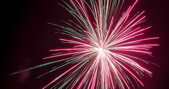 photographic musings backyard fireworks