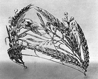 Ears of Wheat tiara [image via alexanderpalace.org]