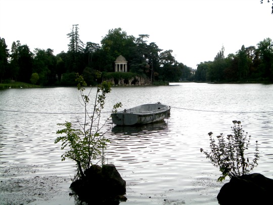 birthday boating in the bois de vincennes