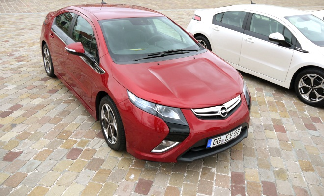 Opel Ampera seen from above