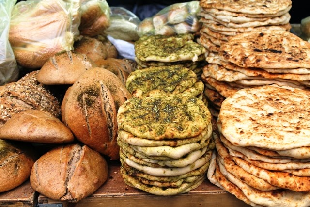 brood met za'atar Mahaneh Yehuda