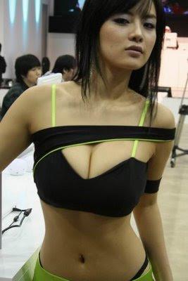 http://3.bp.blogspot.com/-6O5lPftNbDk/TZygr6GRbrI/AAAAAAAADXM/eZXyjjEOujY/s400/sales-promotion-girl-9.jpg
