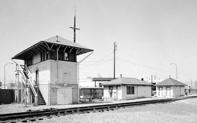 Free O Gauge plan building, model railroad, Atchison Topeka & Santa Fe Railroad Interlocking Control Tower 19, Dallas, Texas