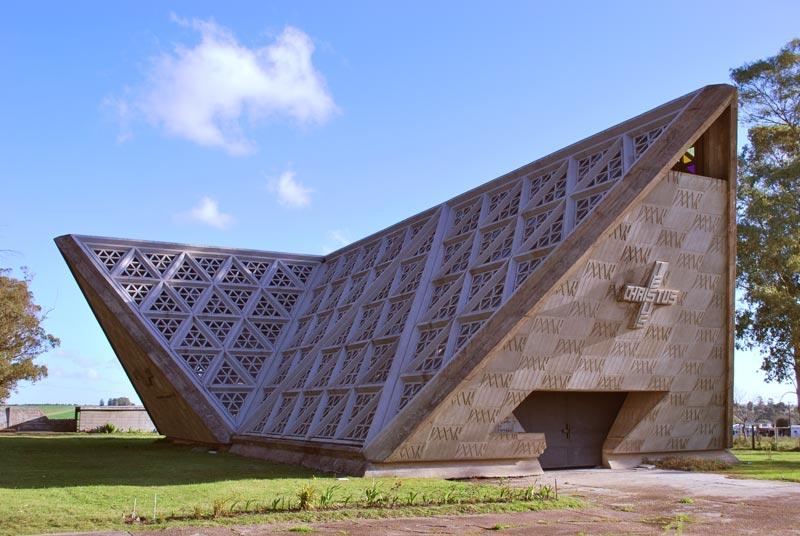 La forma moderna en latinoam rica iglesia de soca for Arquitectos de la arquitectura moderna