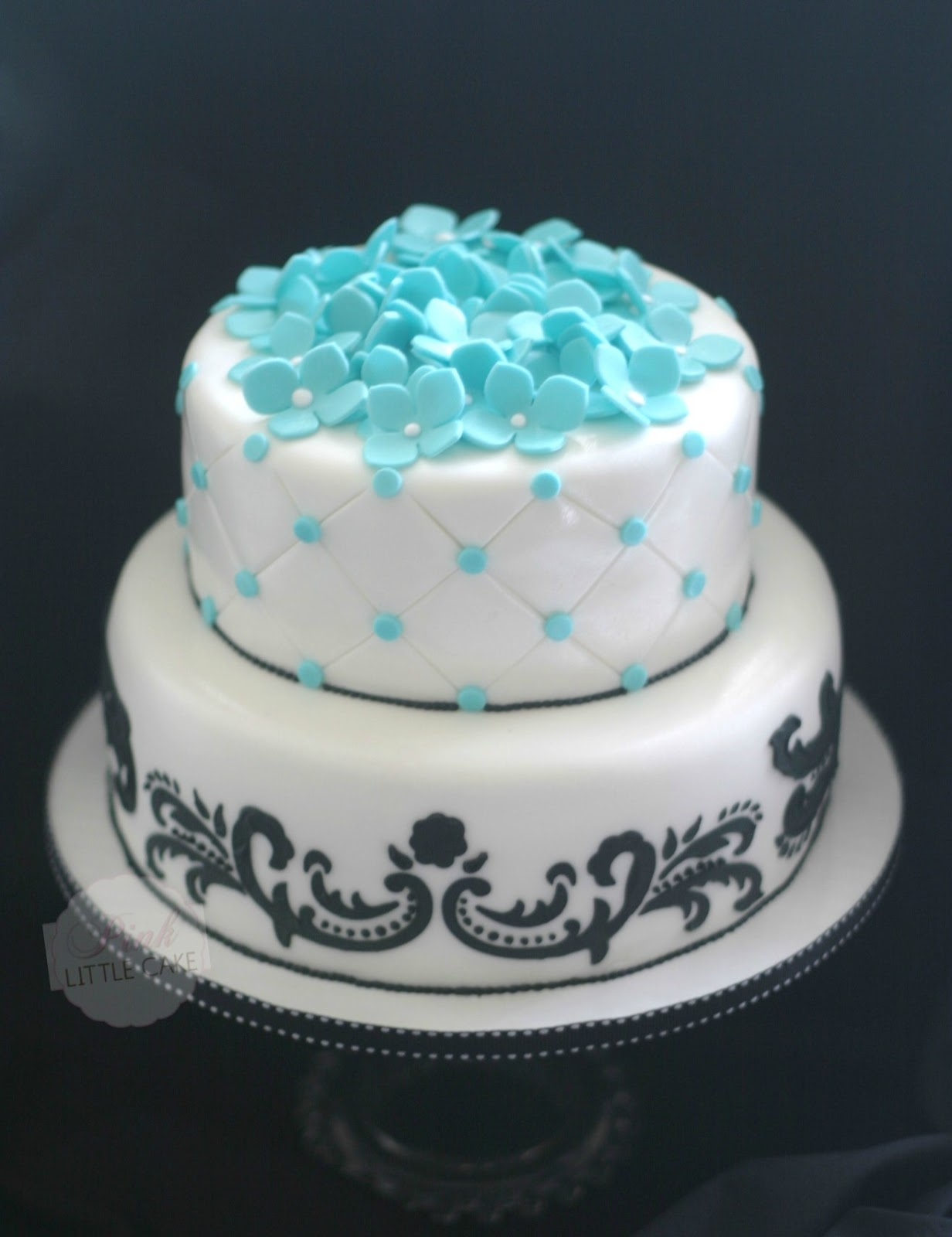 how to make a 3 tier sweet 16 cake