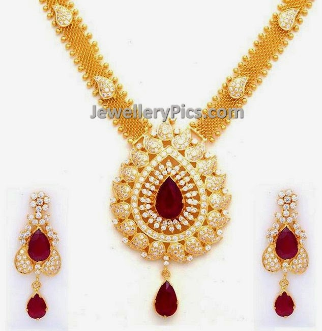 Precious stones semi classic necklace
