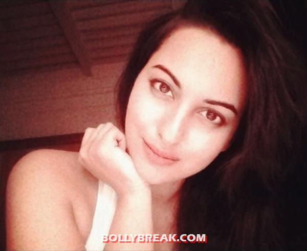 Sonakshi Sinha with no makeup twitter photo - Sonakshi Sinha Without Makeup Twitter Photo