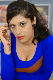 actress Liza Reddy  Picture shoot 006.jpg