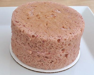 Cake Decorating Without Icing Sugar : Beki Cook s Cake Blog: Easy Pink Strawberry Cake