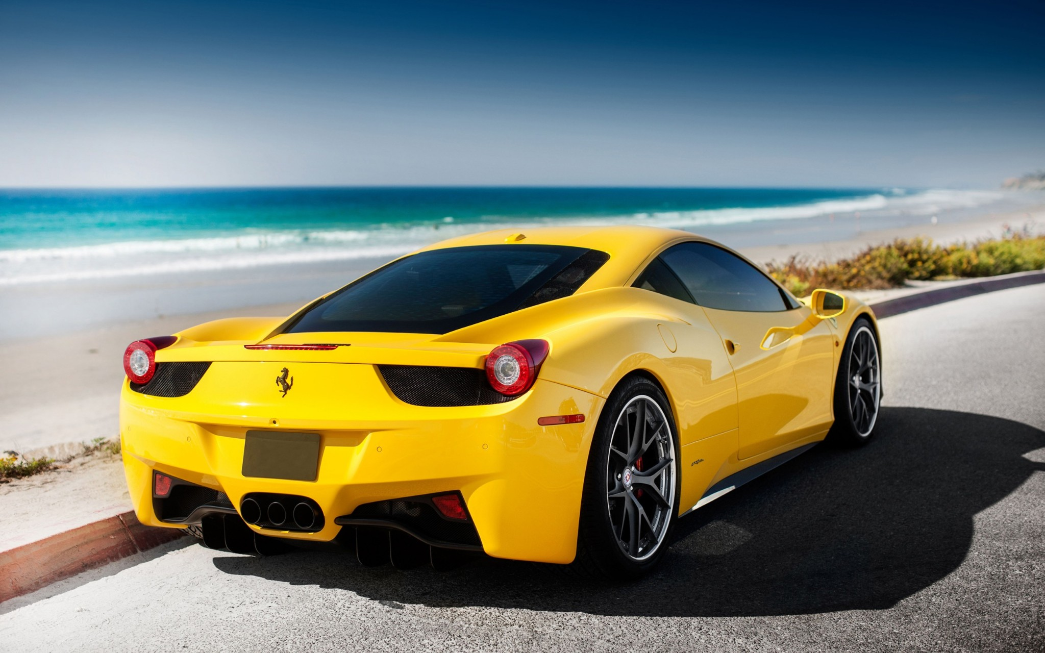 ferrari 458 italia amarillo fondos de pantalla hd wallpapers hd. Black Bedroom Furniture Sets. Home Design Ideas