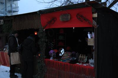 Arja Auvinen keramiikkaa, koruja ja hattuja