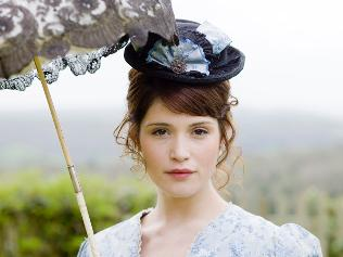 tess of the durbervilles compared to The article aims at showing how, in hardy's fiction, all sound aspires to the  condition of silence for example in tess of the d'urbervilles, sounds are very  often.