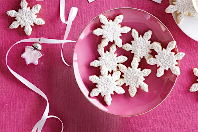 Honey cinnamon snowflakes Recipe