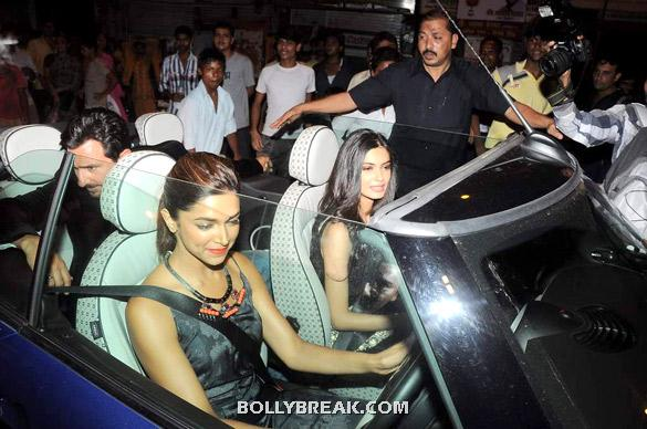 Saif in sitting in the back while Deepika takes the wheel - (5) -  Deepika, Diana and Saif @ 'Cocktail' party