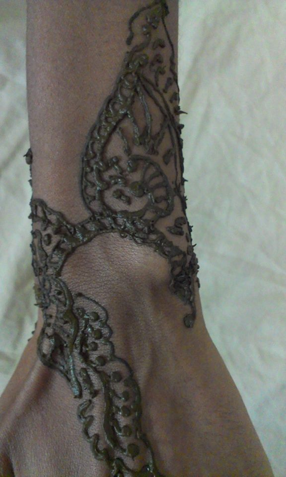 Mehndi Wrist Urban Dictionary : Henna designs bracelet makedes