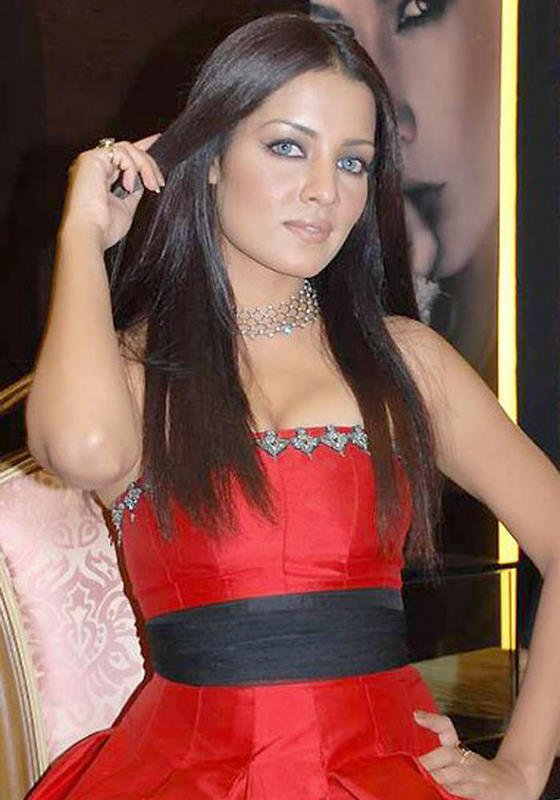 from Yehuda nude celina jaitley images