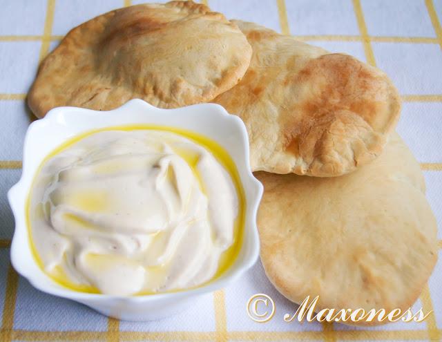 Тарамасалата с домашней питой от Гордона Рамзи. Греческая кухня