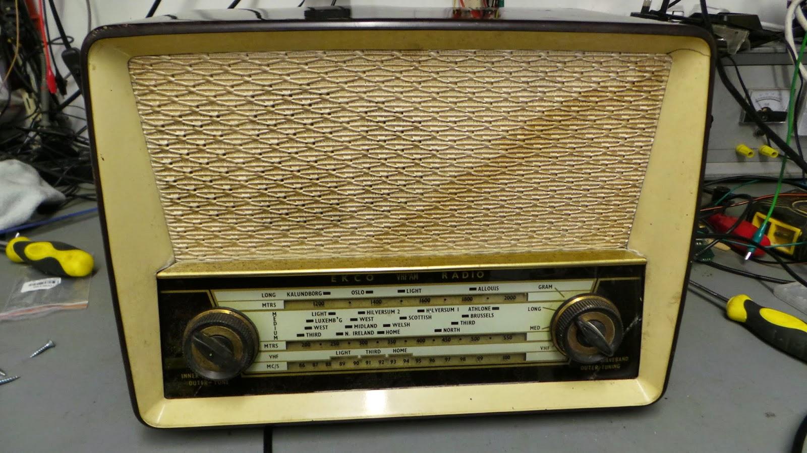 Ekco U319 Radio Restoration.