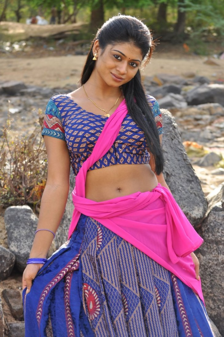 Hot Images: Mallu Movie Actress Hot Photos and HD Wallpapers Gallery